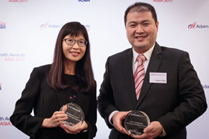 Photo of Ong Lay Ling, Eurokars Group and Kartyono Wong, UOB.
