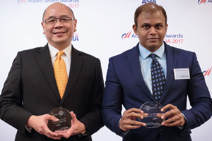 Photo of Vic Tham, Bank of America Merrill Lynch and Amit Baraskar, Thomas Cook (India) Ltd.