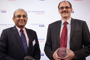 Photo of Kaushik Shaparia, Deutsche Bank and Francois Gumy, Mondelēz India Foods Pvt Ltd.