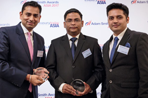 Photo of Saurabh Gupta, Citi, Saleem Qidwai and Praveen Juyal, Amway India Enterprises Pvt Ltd.