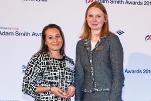Rachel Navarro, J.P. Morgan collecting the Award on behalf of Avis Budget Group
