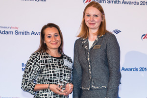 Rachel Navarro, J.P. Morgan collecting the Award on behalf of Avis Budget Group