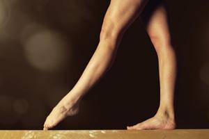 Gymnastic walking elegantly