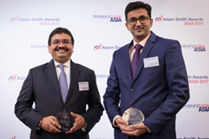 Photo of Ashutosh Kumar, Standard Chartered and Chintan Parikh, Vodafone Mobile Services Ltd.