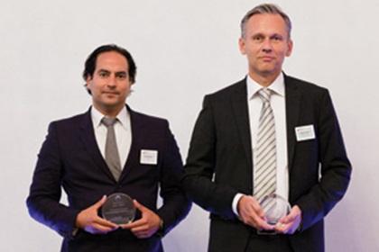 Patrik Zekkar, SEB and Anders Palm from Sony Ericsson accepting on behalf of Håkan Lundgren