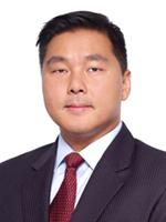Portrait of Derek Yan