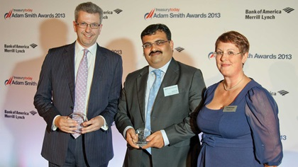 Colin Fraser, Abu Dhabi Commercial Bank and Harish Pai, Tourism Development & Investment Company