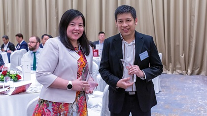 Photo of Avril Tan, Bank of America and John Ng, Medtronic
