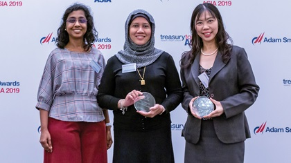 Photo of Sylvia Selvaralu and Latifah Mohamed Yusof, Astro Malaysia Holdings Berhad and Jessica Fon, Standard Chartered