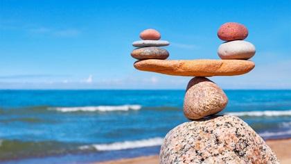 Stones balancing at beach