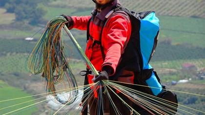 Paraglider getting ready