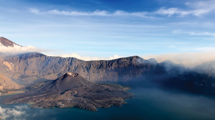 Mount Rinjani crater lake